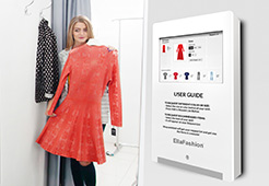 smart fitting room with display